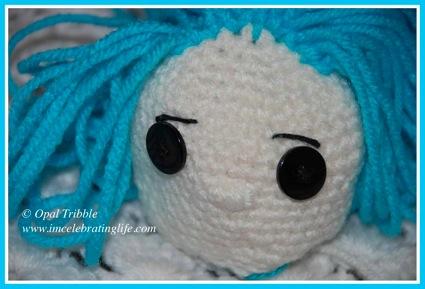 Amigurumi Crochet Coraline unfinished face 1