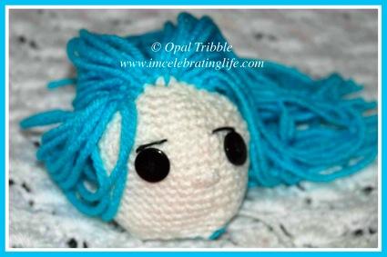 Amigurumi Crochet Coraline unfinished face 2