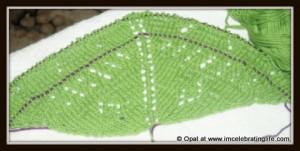 Knitting: Diamonds and pearls shawl