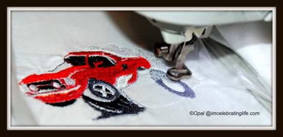Brother SE400 - Embroidering a car