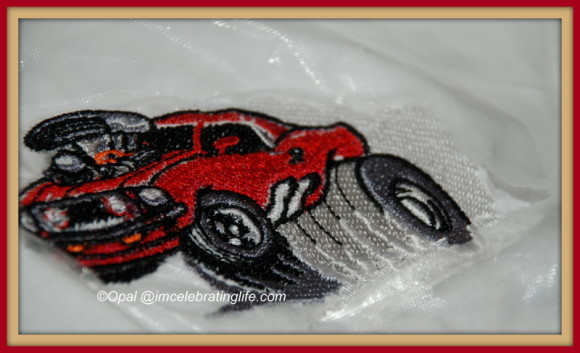 My Brother SE400 did an amazing job with this embroidered car.