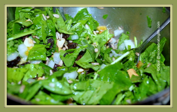 raw food bowl of greens_1
