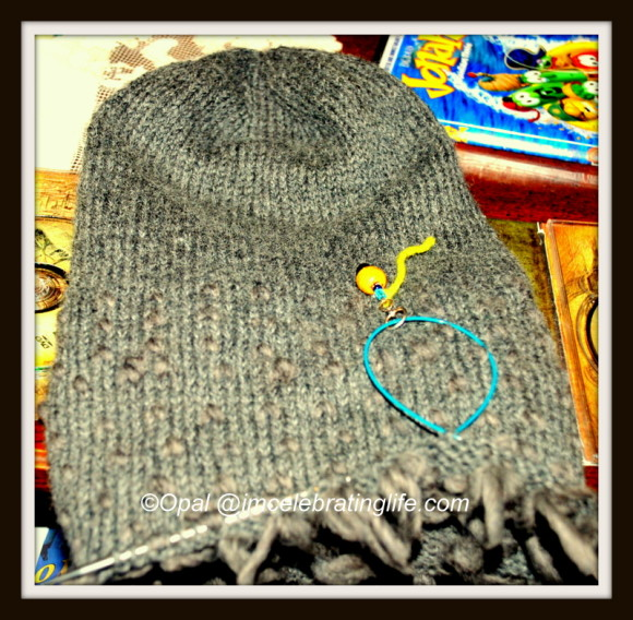 Knitted lined thrummed hat_1.12.21.13